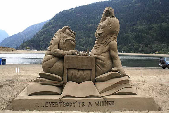 Conheça Harrison Hot Springs, a terra das esculturas de areia