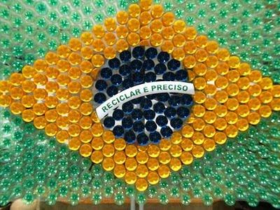 Atividade Dia da Bandeira com garrafas pet