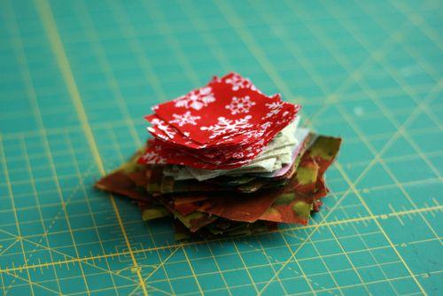 Pinhas de Natal feitas com retalhos de tecido 04