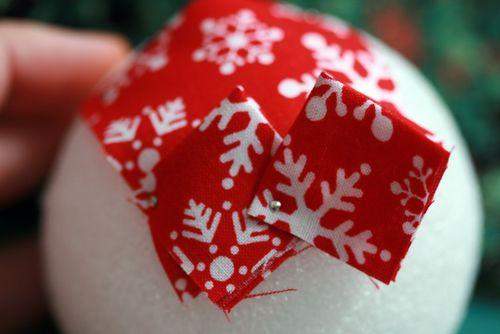 Pinhas de Natal feitas com retalhos de tecido 09