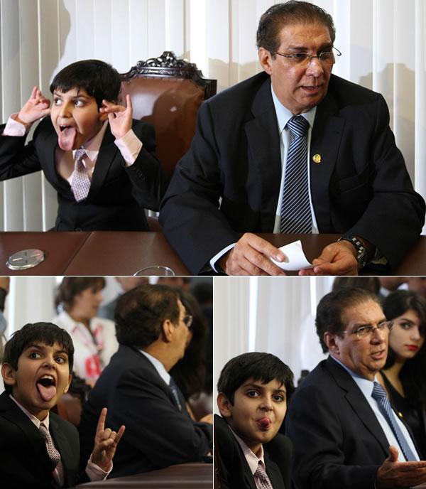 Filho de Jader Barbalho faz caretas para jornalistas