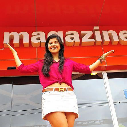 Luiza do Canadá, vira garota propaganda da lojas Magazine Luiza