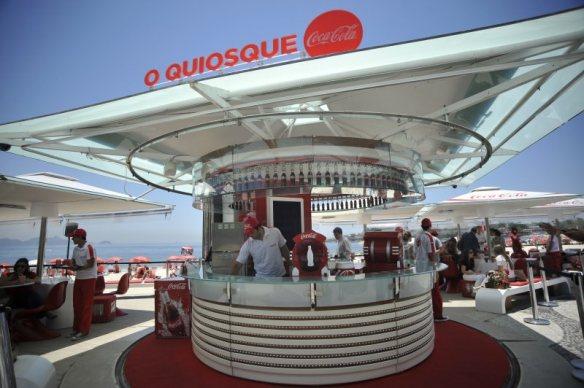 Quiosque da Coca-Cola na praia de Copacabana